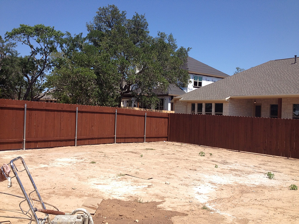 Fence-in-Cedar-Park-After-Stain-Fierro-Painting