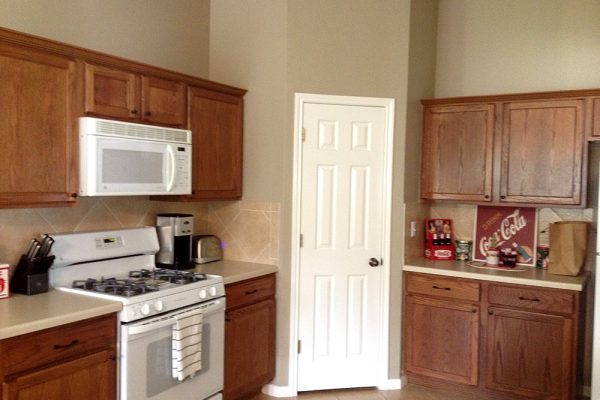 Leander-Kitchen-Painted-Fierro-Painting